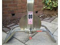 Bulldog QD wheel clamp horse box / caravan / boat