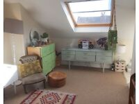 Big unfurnished ensuite attic room in laid back 3-bedroom flat on Sefton Park Rd available 11/3/17