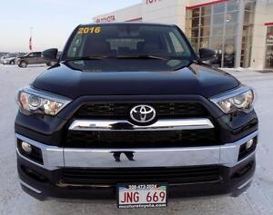 2016 Toyota 4Runner LIMITED 7 PASS Rebates $$$
