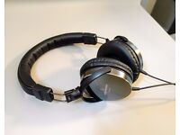 Audio Technica ATH-ES700 - Black - Headphones - Portable - Closed Back - Dynamic