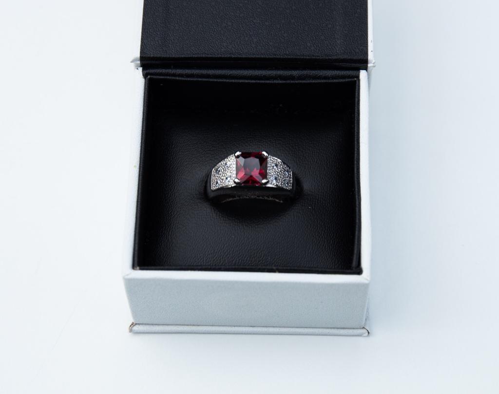 Garnet ladies ring, rings