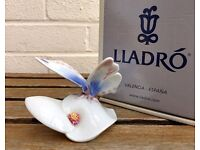 LLADRO -MORNING CALM- NATURES PALETTE FIGURE MODEL 6589 BUTTERFLY FLOWER ANIMAL -BOXED-