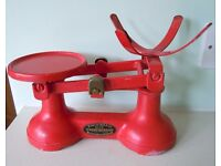 VINTAGE KITCHEN SCALES, RED, FREDERICK HILL & CO B'HAM, (NO PAN/WEIGHTS) GD CONDITION