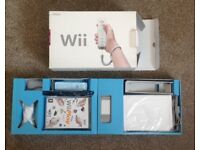 Nintendo wii boxed with 2 games CHEAP