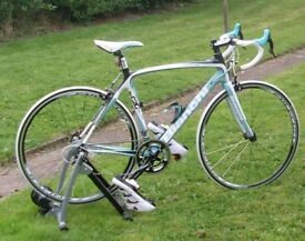 BIANCHI INFINITO VELONCE 55cm FULL CARBON FRAME