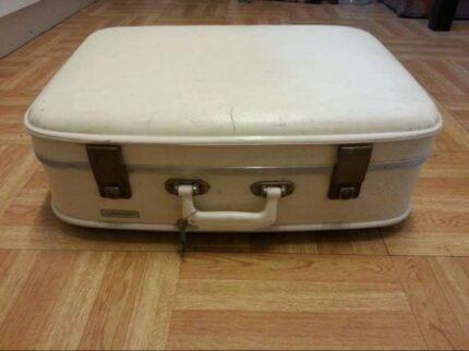 Vintage suitcase Prospect Prospect Area Preview