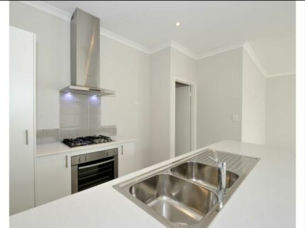 Break lease 3x2 in wellard. AVAILABLE  NOW.  Wellard Kwinana Area Preview