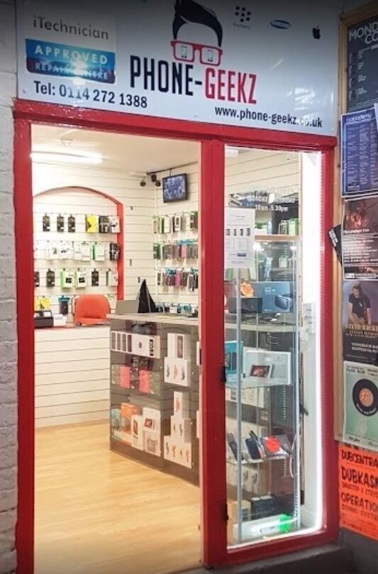 MOBILE PHONE RETAIL AND REPAIR BUSINESS FOR SALESHEFFIELD TOWN CENTRE CHEAP RENTZERO RATESin Huddersfield, West YorkshireGumtree - FOR SALE MOBILE PHONE RETAIL AND REPAIR SHOP LOCATED IN HEART OF SHEFFIELD TOWN CENTRE SITUATED BETWEEN TWO UNIVERSITIES WITH A DAILY FOOTFALL OF 100,000 PEOPLE EXTREMELY CHEAP RENT AT £180 PER WEEK ZERO BUSINESS RATES TO PAY AS LOCATED INDOORS AND...