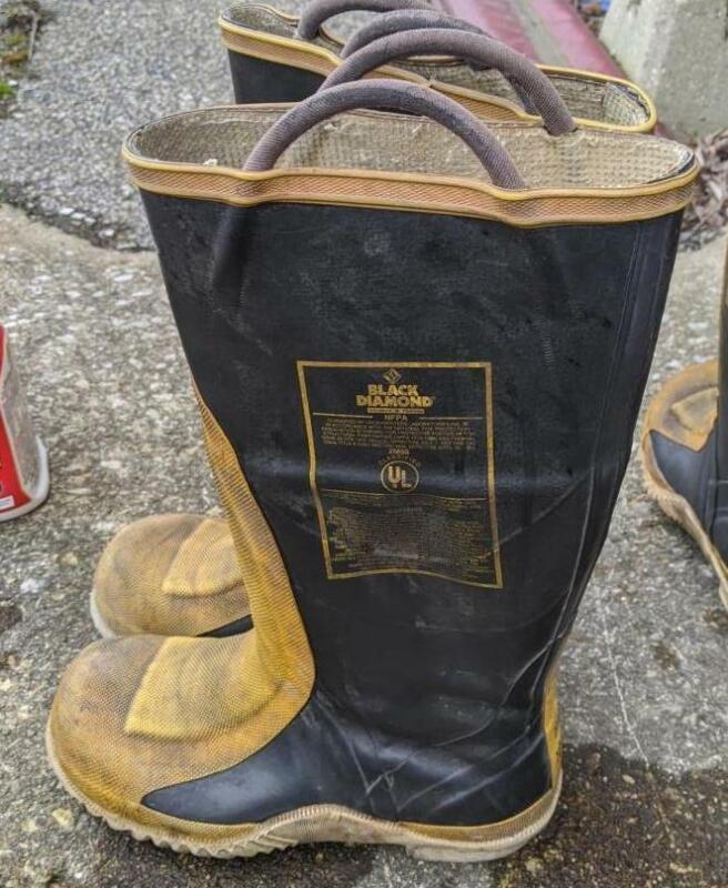 Black Diamond Fire Boots Size 8 Men/10 women Used EMS EMT  Servus Morning Pride
