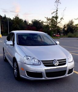 Volkswagen Jetta 2006 with headed seats and sunroof 4999