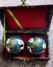 Chinese balls and a box £ 19 the lot