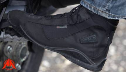 Motorcycle boots: Forma URBAN TOUCH HI-DRY waterproof suede 10.5
