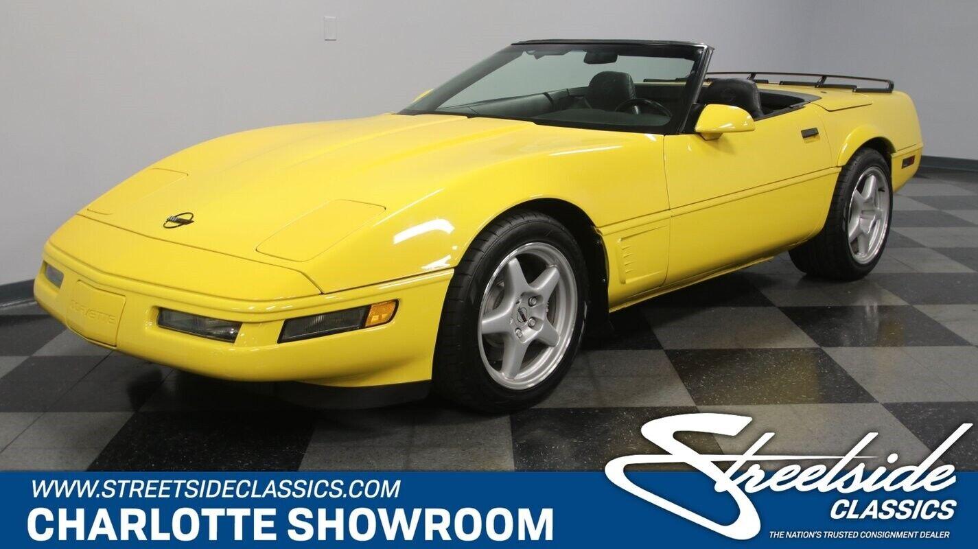 1996 Yellow Chevrolet Corvette Convertible    C4 Corvette Photo 1
