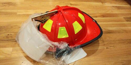 Cairns 1010 Red Fire Fighter Helmet