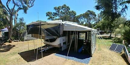 2014 JAYCO EAGLE caravan with loads of EXTRAS!