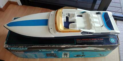 Remote control Boat and Helicopter Package Upper Coomera Gold Coast North Preview