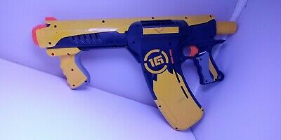 Nerf 1G Dart Tag Quick 16 Blaster Gun Great Working Condition with 6 bullets!