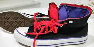 CONVERSE ALL STAR HIGH TOPS SIZE EURO 40 Bayview Pittwater Area Preview