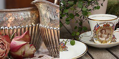 Deckel Servierschale - silberne Schale mit Haube - Deckelschale - Bajonett  Griff