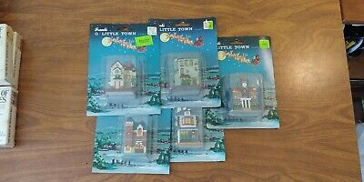 "2 1/2"" Small Ceramic Christmas Train Village Houses! Set of 5 TAIWAN VINTAGE NEW"