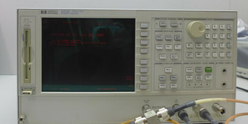 Agilent / HP 8753E Network Analyzer Tested and Working.