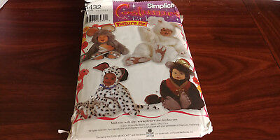Simplicity Costumes for Kids Picture Me 5432 Size A cut on size 2 Dog Bunny Mous](Mouse Costume For Dog)