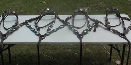 BRIDLE BREASTPLATE $150 REINS $40 PADS $80 LOTS TO CHOOSE FROM