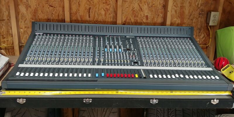 Soundcraft Series TWO Mixer