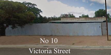 No 10 Victoria St Peterborough South Australia 5422 BARGAIN