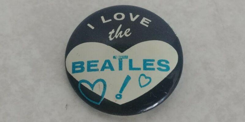 "Vintage 1964 Beatles I love the Beatles 7/8"" Pinback HTF Blue Lettering Nice"
