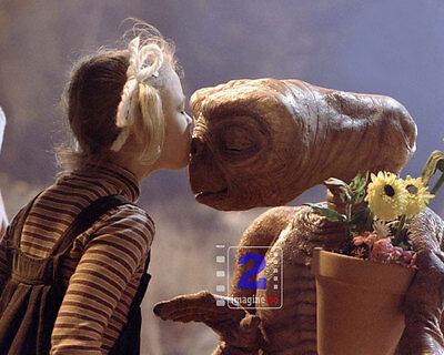 """Steven Spielberg E.T. 10""""x 8"""" Great Color PHOTO REPRINT"""