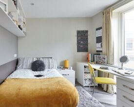 STUDENT ROOMS TO RENT IN HUDDERSFIELD.CLASSIC EN-SUITE WITH PRIVATE ROOM ,PRIVATE BATHROOM