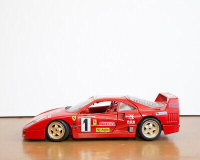 Burago diecast model 1:18 Ferrari F40 1987 Red Used