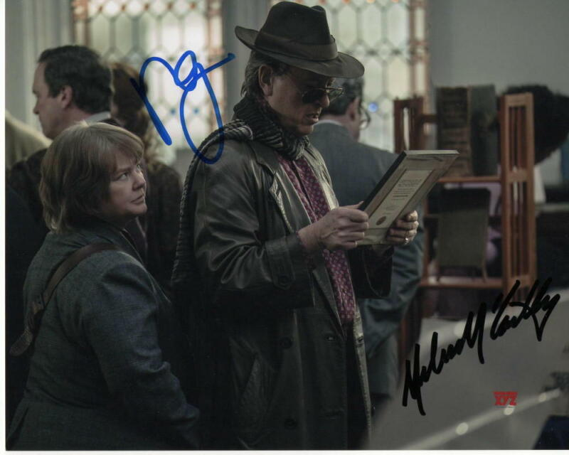 RICHARD E GRANT & MELISSA MCCARTHY DUAL SIGNED AUTOGRAPHED 8X10 PHOTO - #1