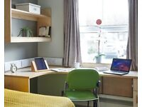 STUDENT ROOMS TO RENT IN HUDDERSFIELD. CLASSIC EN-SUITE,PRIVATE ROOM ,PRIVATE BATHROOM ,FREE WI-FI
