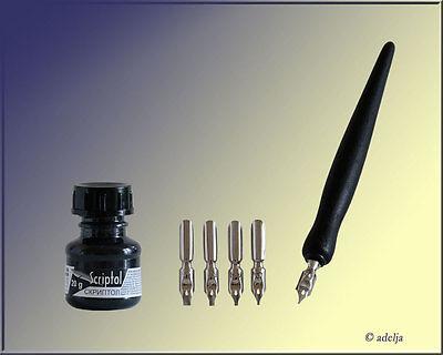 Kalligraphie Set - 1 Federhalter + 5 Schreibfedern + Zeichentusche Scriptol