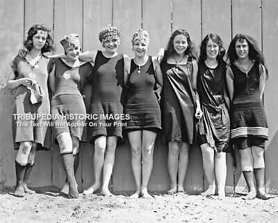 1920s Flapper Girls Swimsuits Photo - Flappers Jazz Prohibition era Roaring 20s - 20s Flapper Girls