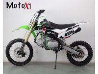 Brand new 2018 MotoX1 YX-160r 160cc limited edt pitbike dirt bike featuring stomp 160 Engine
