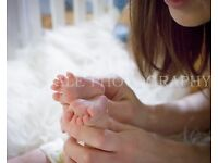 Free BABY, pregnancy photoshoot in your home Farnborough,Surrey, Berkshire, Hampshire,S.West London