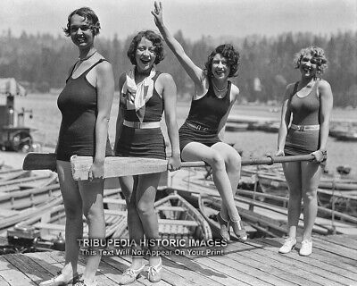 1929 Bathing Beauties Vintage Photo - Four Beautiful Swimsuit Flapper Girls - Flapper Girls