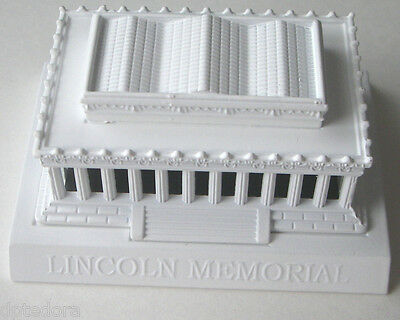 LINCOLN MEMORIAL WHITE  DIE CAST PENCIL SHARPENER