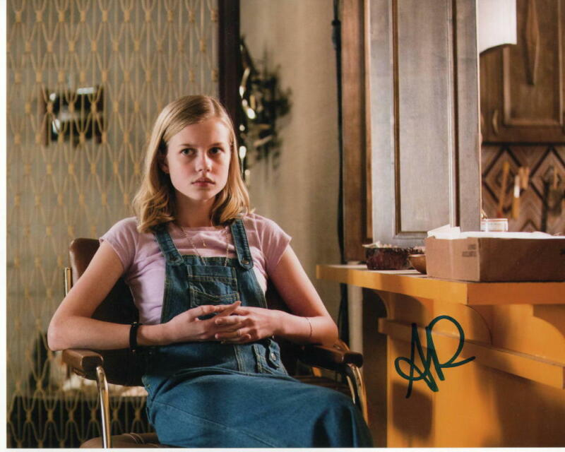 ANGOURIE RICE SIGNED AUTOGRAPH 8X10 PHOTO - THE NICE GUYS, SPIDER-MAN HOMECOMING