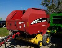 2004 New Holland BR740 Round Baler