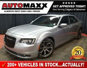 2015 Chrysler 300 S Leather/Nav/Sunroof!