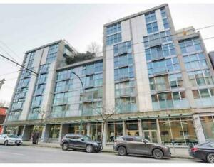 217 168 POWELL STREET Vancouver, British Columbia