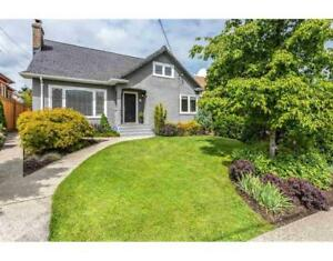 327 SIMPSON STREET New Westminster, British Columbia