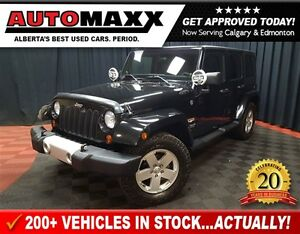 2012 Jeep WRANGLER UNLIMITED Sahara! 6 Speed Manual!