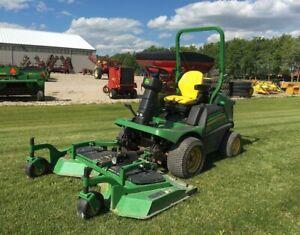 2015 John Deere 1570 Front Mower
