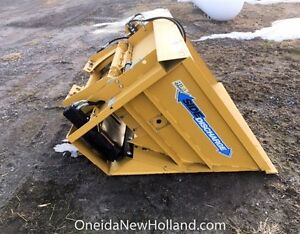 Used 2016 Horst SS72 side discharge sawdust bucket