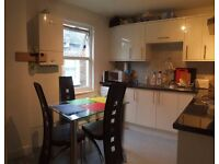 #WELL SITUATED DOUBLE ROOM IN FRIENDLY FLAT-SHARE